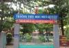 Cổng trường Tiểu học Ngô Quyền